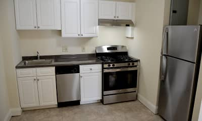 Kitchen, Quincy Commons, 2