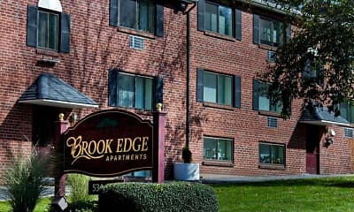 Building, Brook Edge Apartments, 0