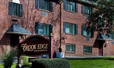 Building, Brook Edge Apartments, 0