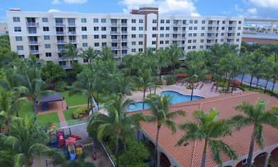 Pool, Royal Palms, 0