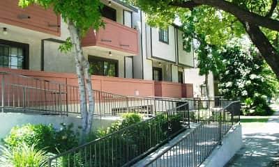 Building, Myrtle Street Apartments, 2