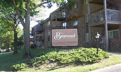 Building, Briarwood Condominiums, 1