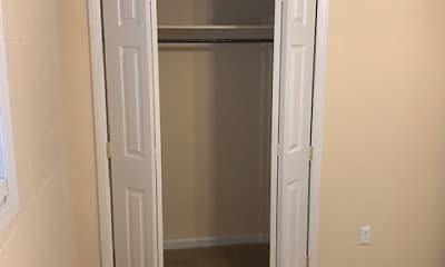Bedroom, Lecraw Apartments, 2