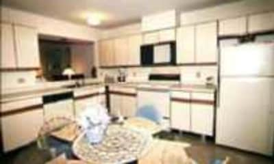 Kitchen, Spring Isle Apartments, 0