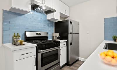 Kitchen, Bloom Beverly Hills, 2