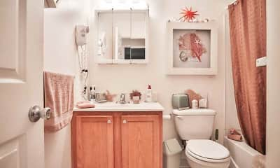 Bathroom, Whispering Meadows, 2
