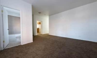 4815 W Monroe- Pangea Real Estate, 1