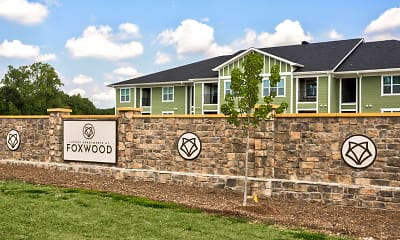 Community Signage, Luxury Apartments at Foxwood, 2