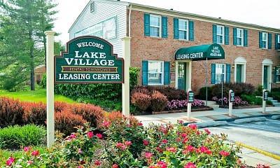 Community Signage, Lake Village Townhomes, 0