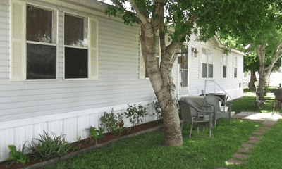 Building, Oasis Manufactured Home Community, 1