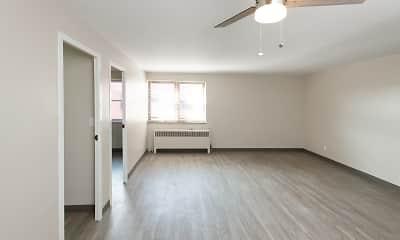 Living Room, Lebanon Vue, 1