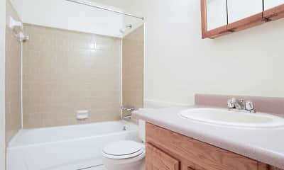 Bathroom, Atwood Oaks, 2