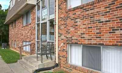 Building, Greene Ridge Court Apartments, 1