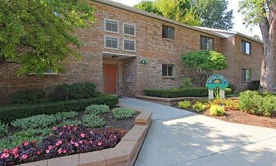 Building, Park Ridge Apartments, 0