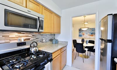 Kitchen, Mount Vernon Square Apartments, 1
