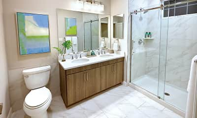 Bathroom, Sutton Landing at Mount Sinai, 2