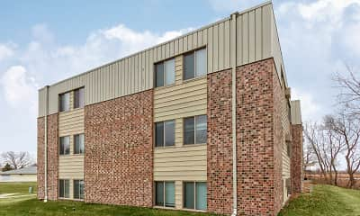 Building, Foot Lake Apartments, 1
