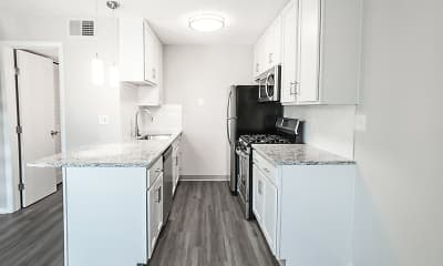 Kitchen, Pepperwood Apartments And Townhomes, 1