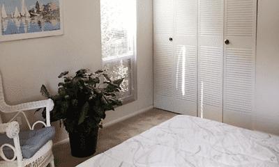 Bedroom, Lakes Edge Apartments, 2