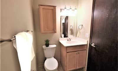 Bathroom, Shelard Village Apartments, 2