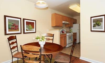 Dining Room, Royal Courts & Savannah Heights, 1
