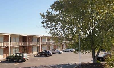 Building, Arbors - Blacksburg, 1
