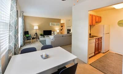 Dining Room, Kingswood Apartments & Townhomes, 1