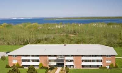 Building, Bay View Estates, 1