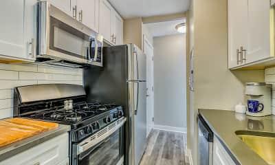 Kitchen, The Maynard at 5115 N Sheridan, 1