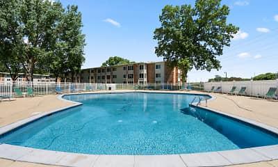 Pool, Lake Pointe, 0