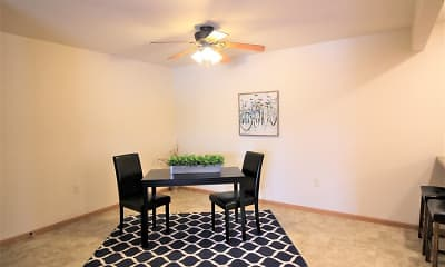 Dining Room, Willow Estates, 2