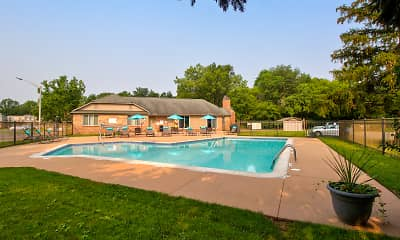 Pool, Hamilton Trace Apartments, 1