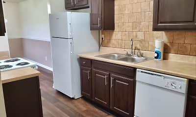 Kitchen, Derby Run Apartments, 1