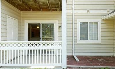 Patio / Deck, Crown Pointe Apartments, 2