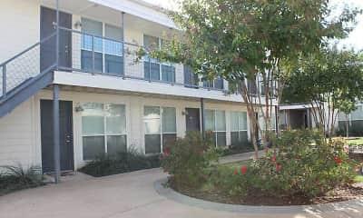 Courtyard, Carillon Apartments, 0