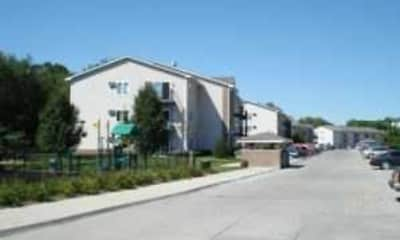 Parkside East Apartments, 2