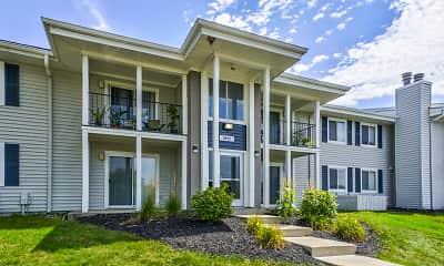 Building, Riverbend Apartments, 0