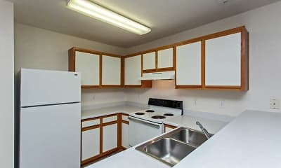 Kitchen, Brittany Green Apartments, 2
