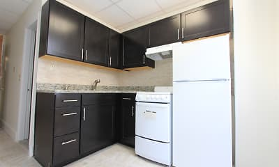Kitchen, 62 On the Park, 2