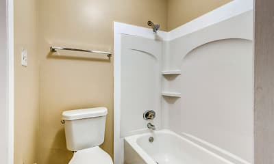 Bathroom, Magnolia Crossing, 2