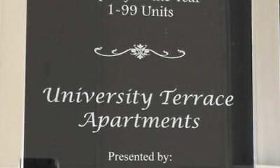 Building, University Terrace Apartments, 2