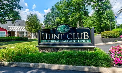 Community Signage, Hunt Club Apartments, 2