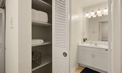 Bathroom, Oak Hill Townhomes, 0