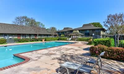 Pool, Olive Garden, 1