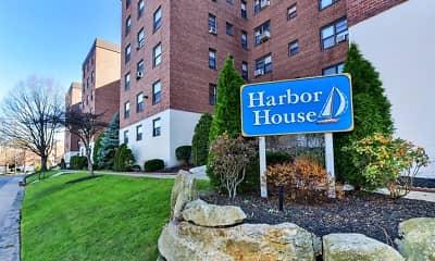 Harbor House, 0