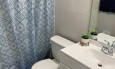 Bathroom, Overlook 380 Apartments, 2