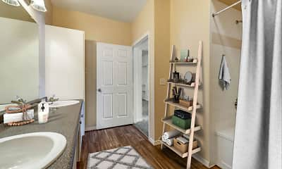 Bathroom, The Estates at Tanglewood Apartments, 2