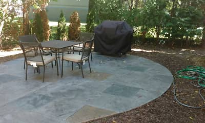 Patio / Deck, Elmwood Court, 1
