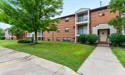 Building, Deer Creek Apartments, 1