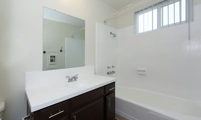 Bathroom, Luxe at Burbank, 2